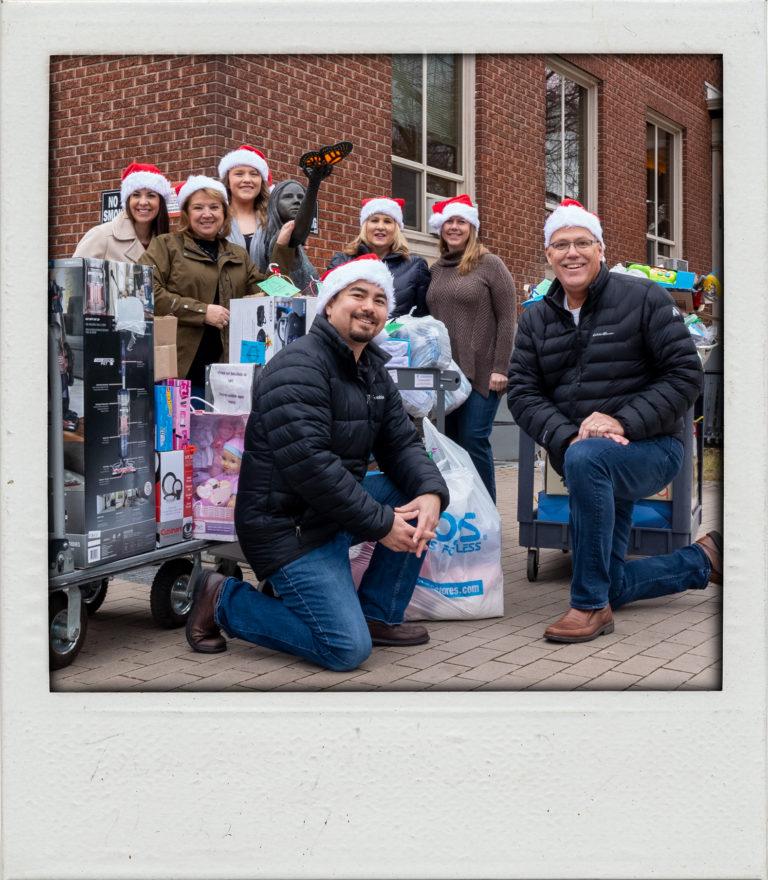 Women's and children's alliance Christmas